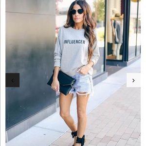Influencer sweatshirt - medium